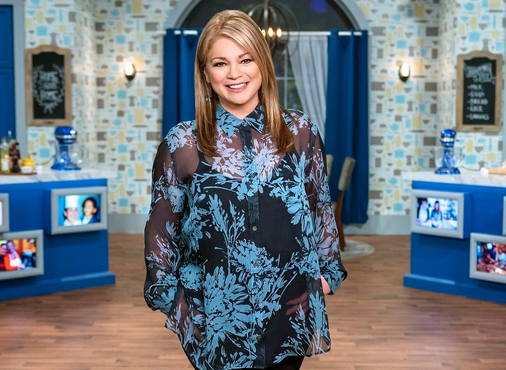 valerie-bertinelli-host-of-food-networks-family-food-showdown.jpg